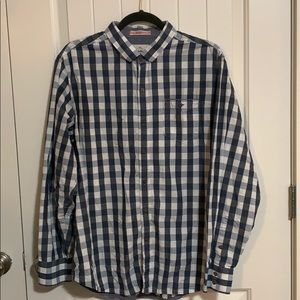 Men's Tommy Bahama button down. Large